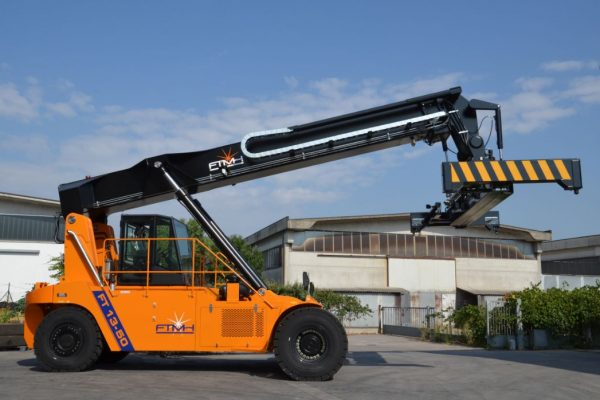Reach Stacker FT1350 for Empty Containers