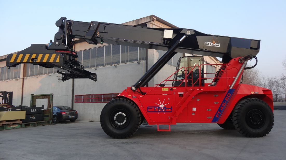 Reach Stacker FT4560H for full containers