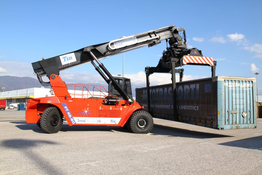 Reach Stacker FT4560PB for full containers & swap bodies