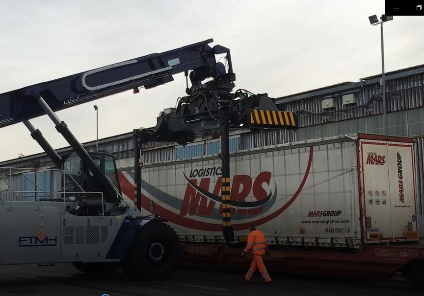 Reach Stacker FT4580PB for full containers & swap bodies